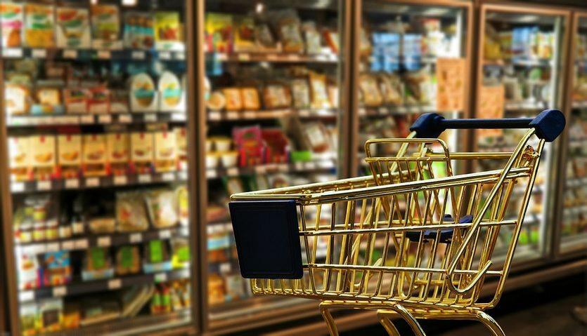 01. 03. || Od początku marca w Polsce zaczęła obowiązywać ustawa ograniczająca handel w niedziele. Obecnie zakaz obejmuje dwie niedziele w miesiącu, docelowo w 2020 zakaz zostanie jednak rozszerzony na  prawie wszystkie niedziele w roku.