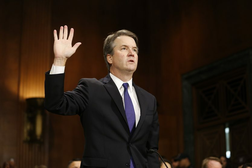 07. 10. ||  Brett Kavanaugh został sędzią Sądu Najwyższego USA. Stało się tak pomimo protestów orazoskarżeń kandydata opróbę gwałtu.